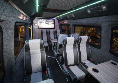 Bus 2 (2)