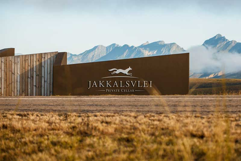 Jakkalsvlei Wine Farm Hosts